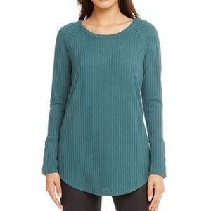 CHASER Thermal Long Sleeve Shirttail Tee